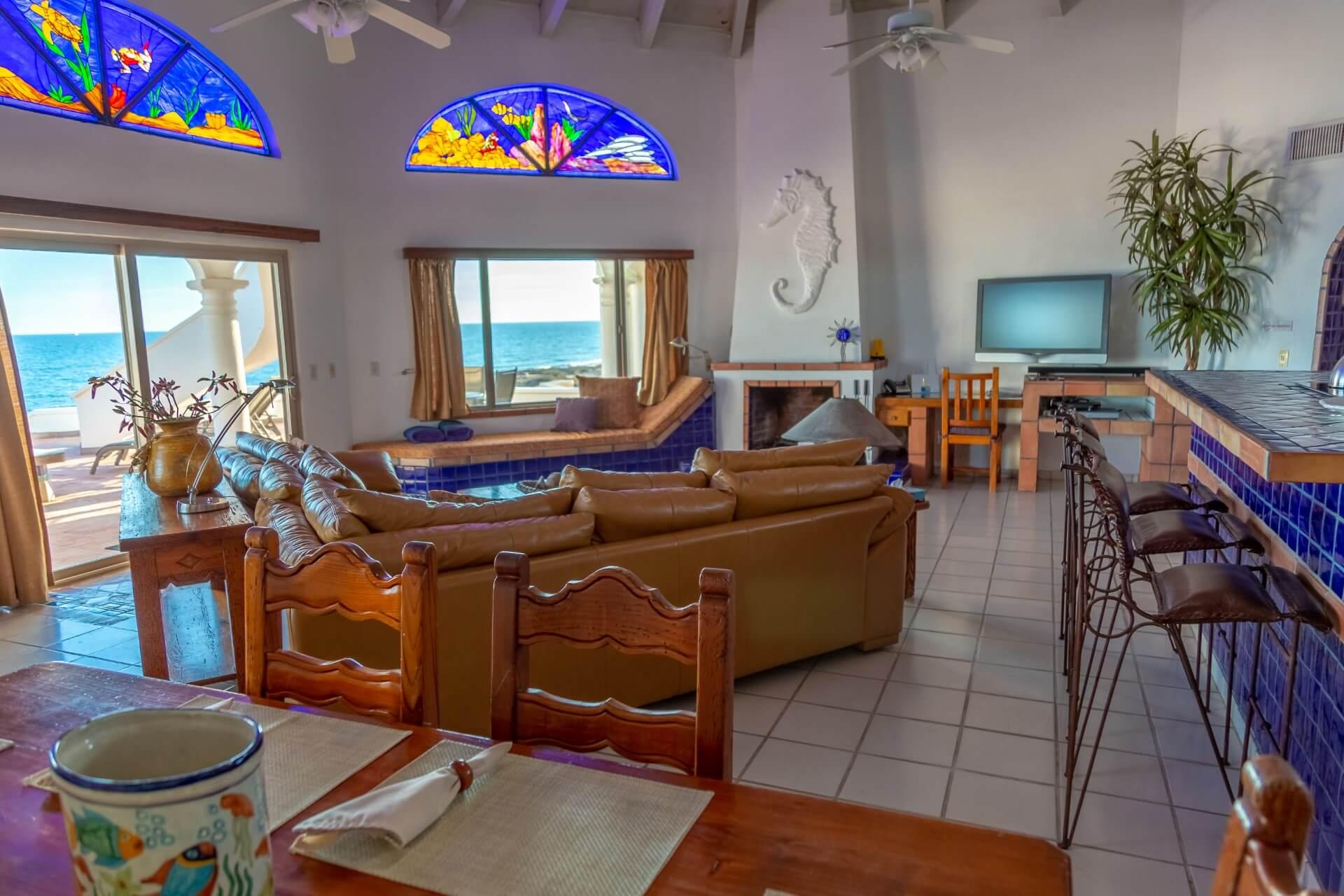 casa sirena living room
