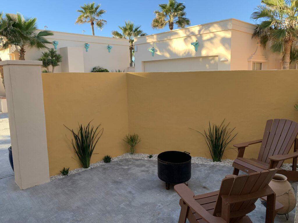 La Casita private patio